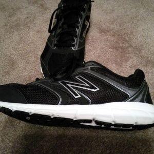 New Balance Sneakers Mens 10.5 medium